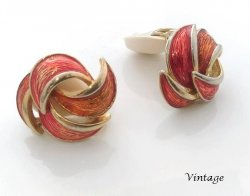 Gorgeous Authentic Vintage Clip On Earrings Lia Sophia 106