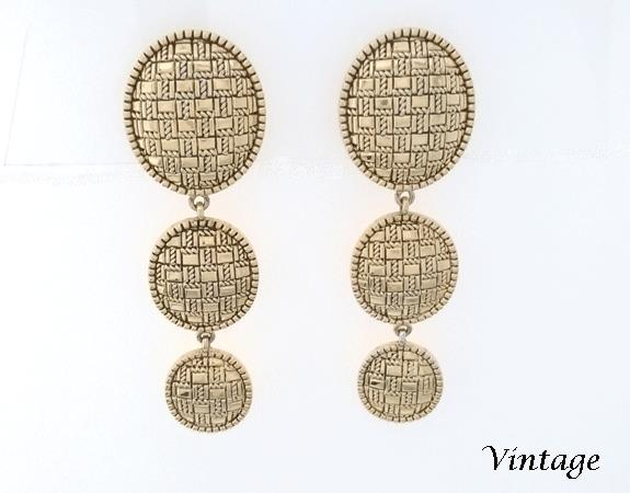 drop clip on vintage earrings